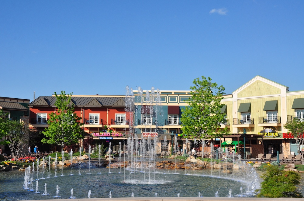 shops at the island in pigeon forge